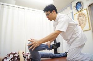 股関節の内転筋ストレッチ