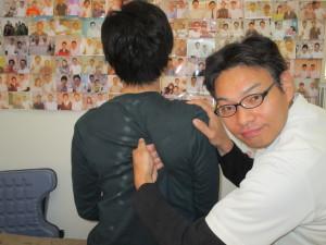 枚方市 首肩のコリの患者様 デスクワークにてパソコンをしていて眼精疲労