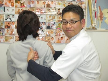 肩甲骨はがし首肩の痛み東京都中野区の患者様