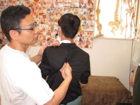 肩甲骨はがしベトナム
