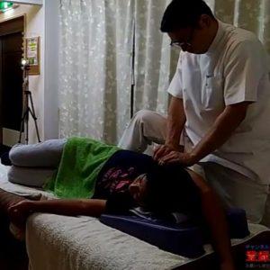 肩関節外転可動域拡大肩甲下筋マッサージ