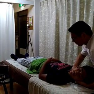 頚椎矯正首のボキボキ整体