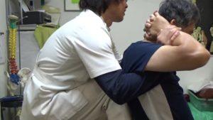 福島区肩甲骨の可動域改善背骨矯正.MP4_000042680